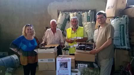 Entrega de ayuda humaniotaria en Morata de Jalón