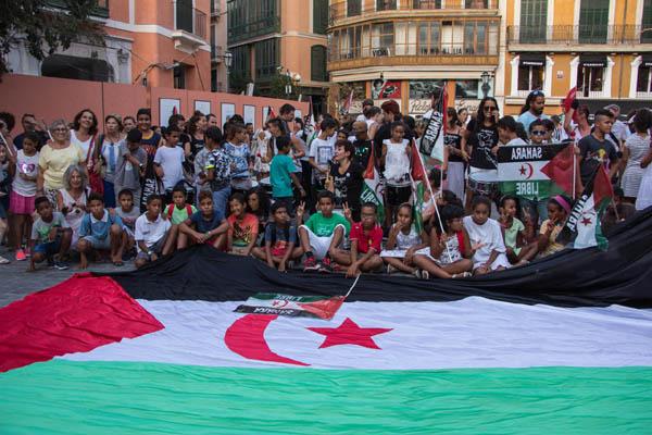 """Baleares: Manifestació """"Vacances en pau: compartint il-lusions"""""""