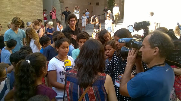 Visita a las Cortes de Aragón y concentración de apoyo al pueblo saharaui