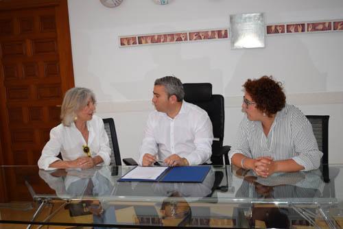 Firma convenio de colaboración con el Ayuntamiento de Inca