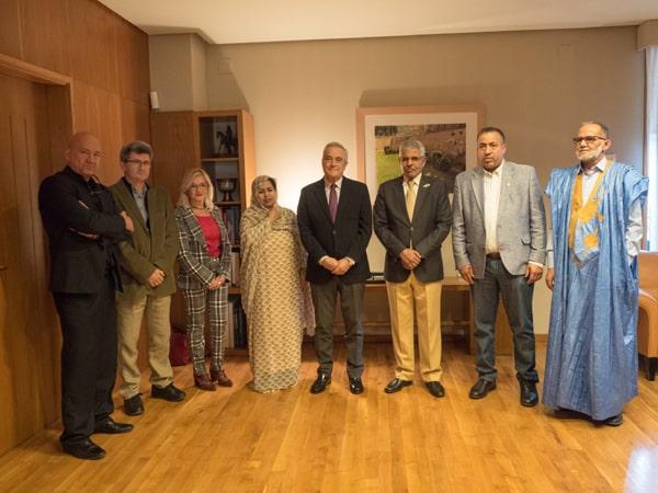 Foto de la recepción en el Parlamento de Aragón